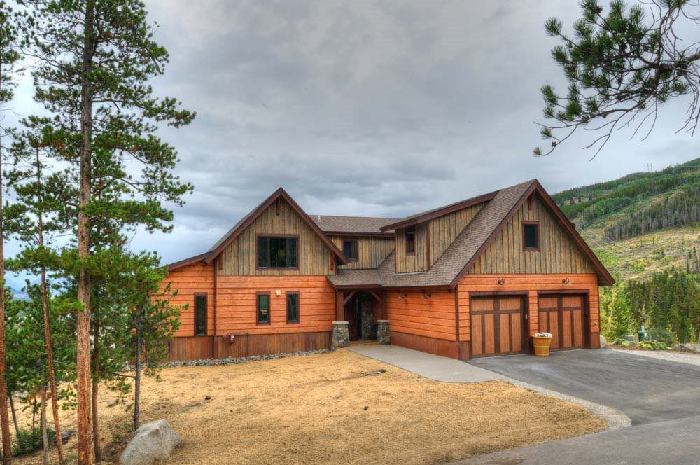 Gorgeous timber frame custom mountain home 17 hq pictures for Custom mountain homes