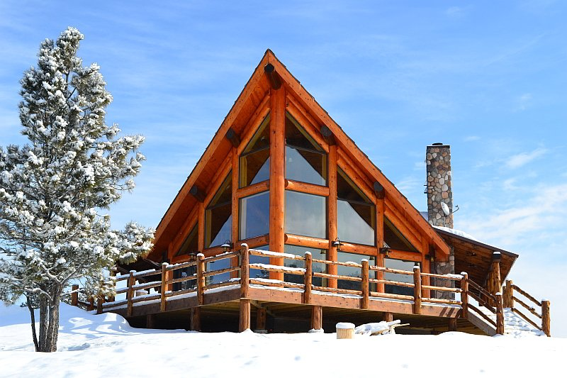Incredibly designed rustic log home - must-see floor plans (13 HQ ...