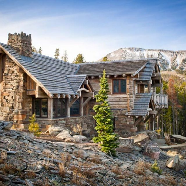 Jaw-Dropping Timber Mansion (8 HQ Images)