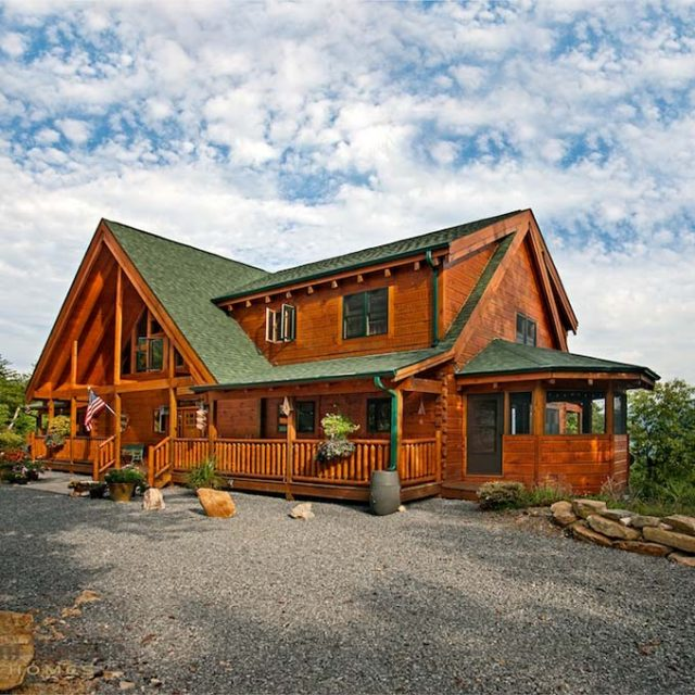 Classic Timber Frame Home w/ Beautiful Decoration