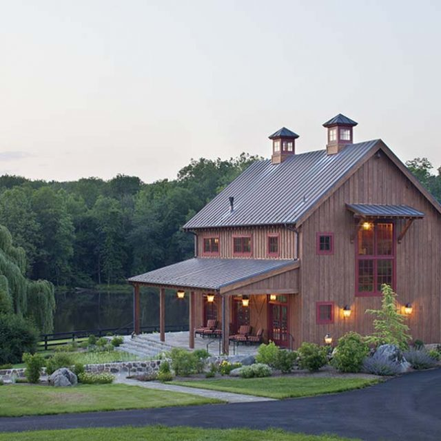 Stunning Lakeside Timber Clubhouse (7 HQ Pictures)