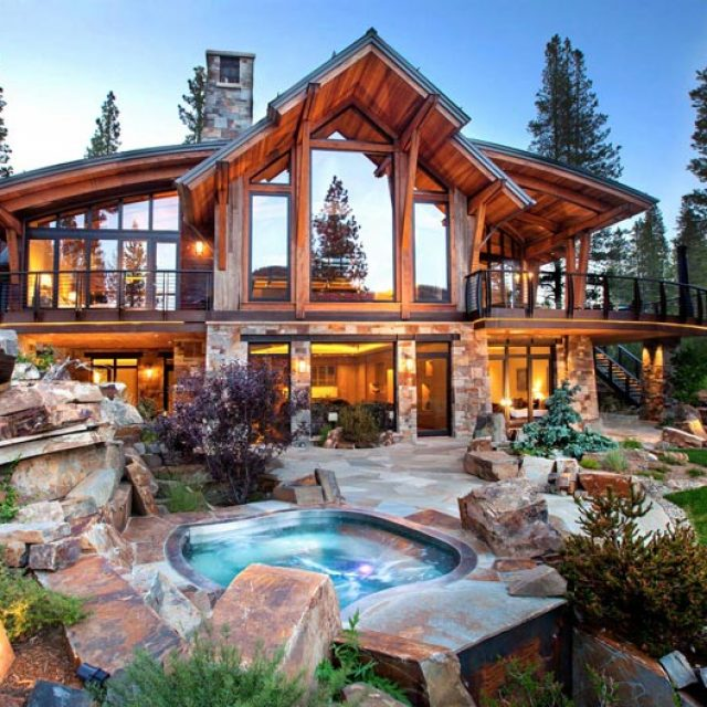 Elegant Exclusive Timber Frame Home (27 HQ Pictures)