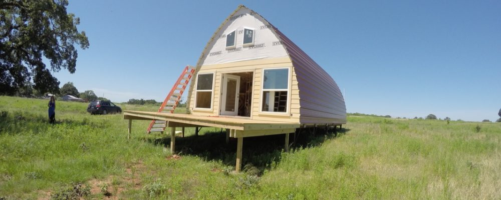 Get this unique designed cabin for only 5K (19HQ pictures)