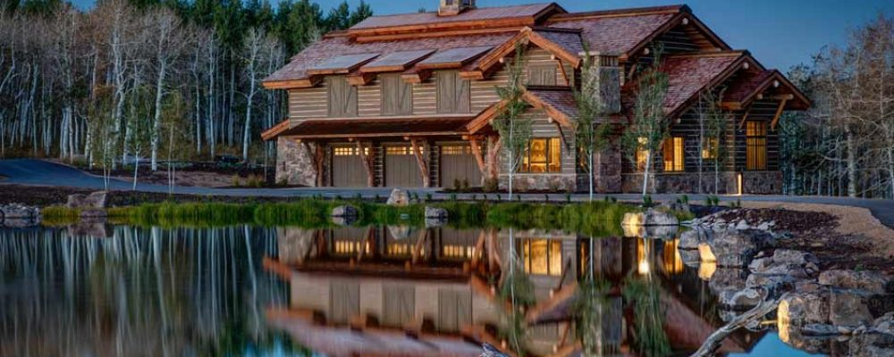 Lovely Timber Frame Residence by The Lake (18 HQ Pictures)