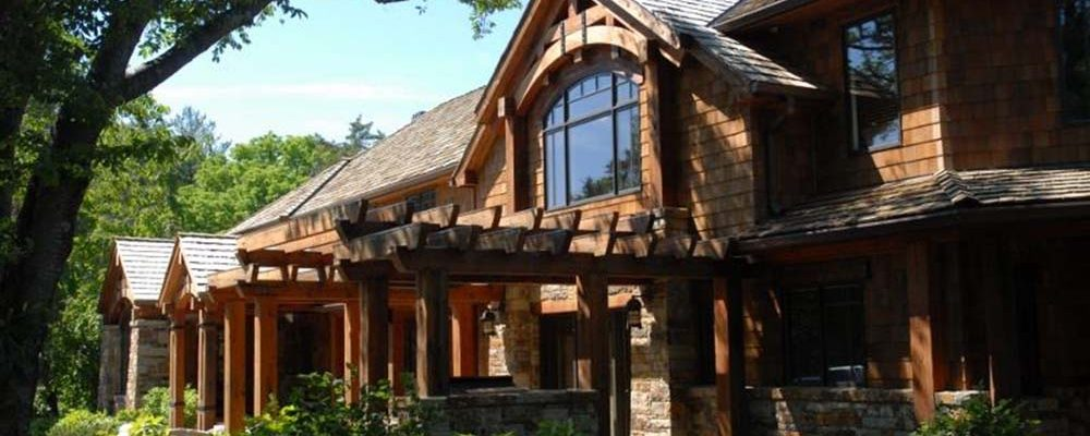 Beautiful Timber Home Frame with Modern Interiors!