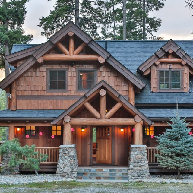 Outstanding Timber Frame Home w/ 3 Bedrooms.